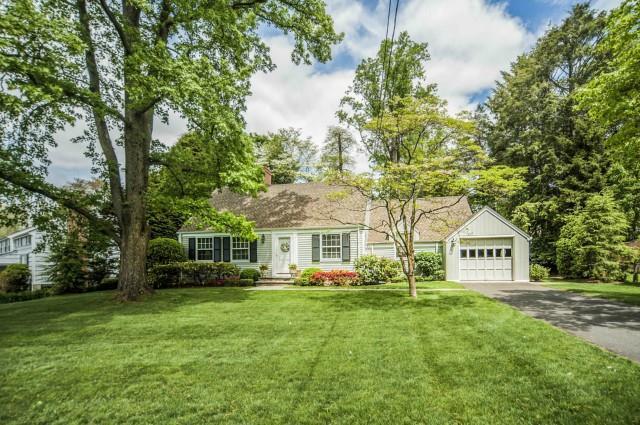 Villa per Vendita alle ore 6 TYLER DRIVE Darien, Connecticut,06820 Stati Uniti