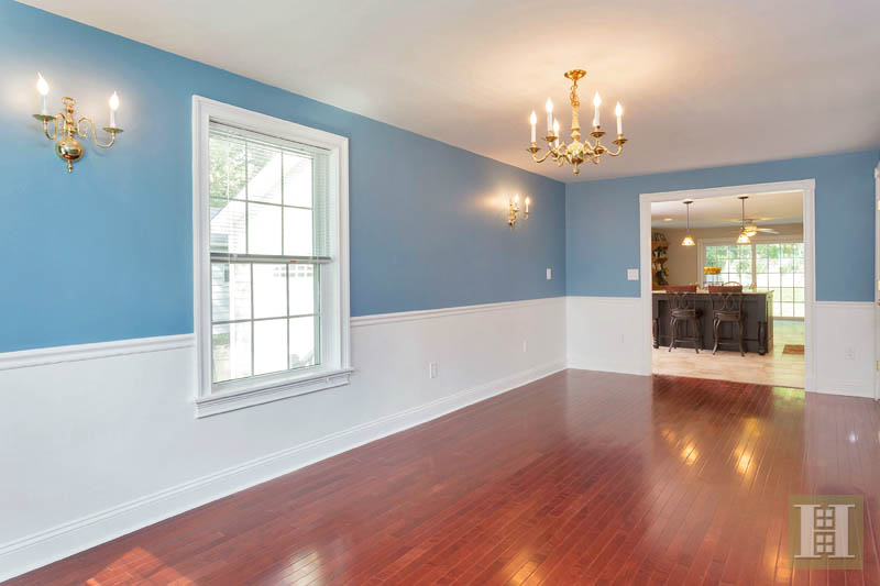 Additional photo for property listing at 6 GREENWOOD AVENUE  Darien, Connecticut,06820 États-Unis
