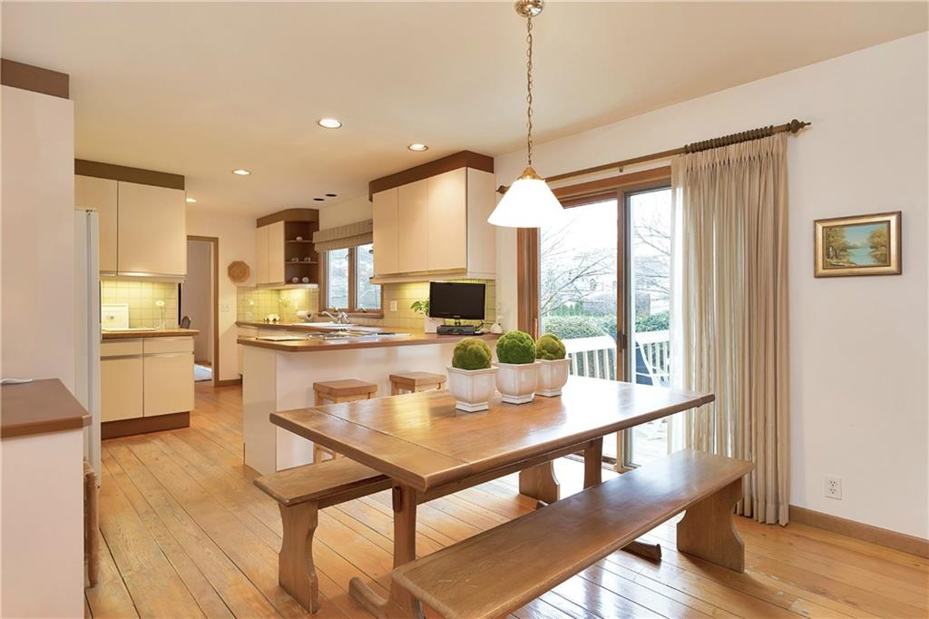 Additional photo for property listing at 9 WEEDS LANDING  Darien, Connecticut,06820 Hoa Kỳ