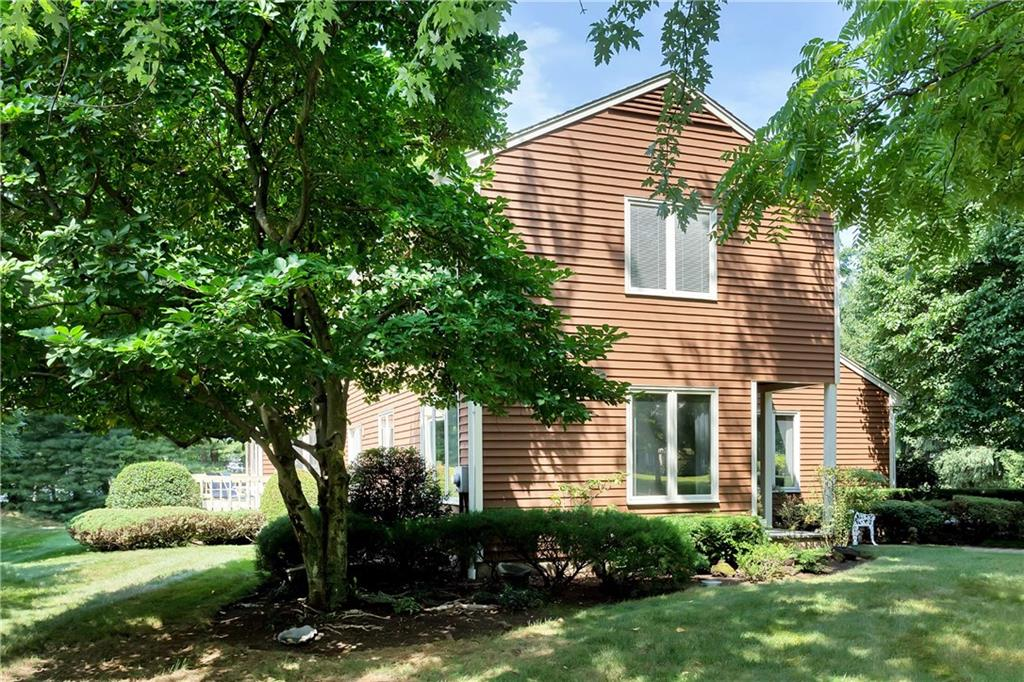 Additional photo for property listing at 9 WEEDS LANDING  Darien, Connecticut,06820 Stati Uniti