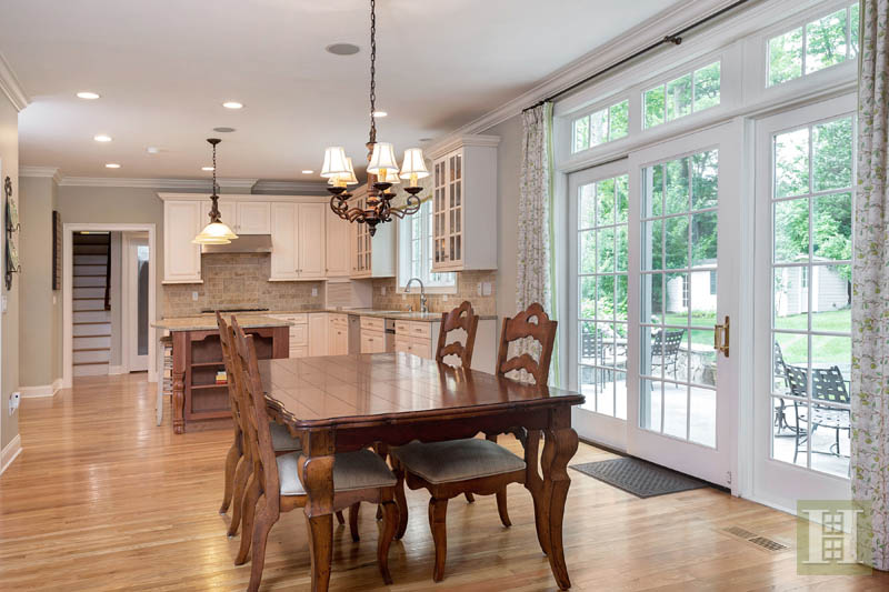 Additional photo for property listing at 450 MANSFIELD AVENUE  Darien, Κονεκτικατ,06820 Ηνωμενεσ Πολιτειεσ