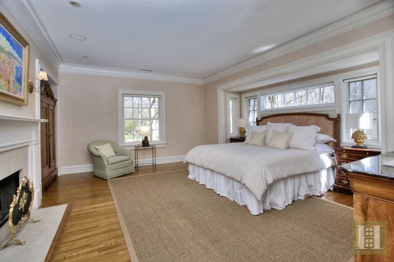 Additional photo for property listing at 60 BLUEBERRY LANE  Darien, Connecticut,06820 Stati Uniti