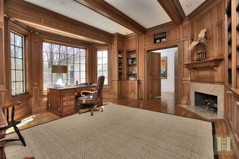 Additional photo for property listing at 60 BLUEBERRY LANE  Darien, Connecticut,06820 United States