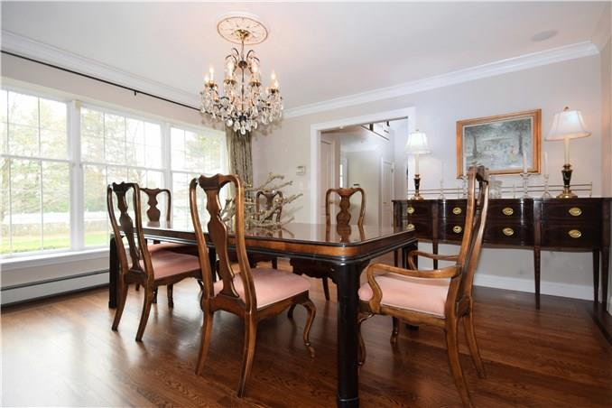 Additional photo for property listing at 175 ADAMS LANE  New Canaan, Connecticut,06840 États-Unis