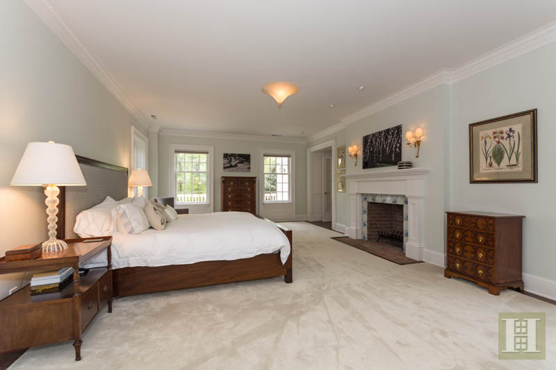 Additional photo for property listing at 887 WEED STREET  New Canaan, Коннектикут,06840 Соединенные Штаты