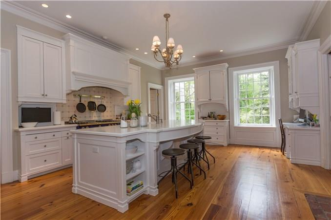 Additional photo for property listing at 887 WEED STREET  New Canaan, Connecticut,06840 Vereinigte Staaten