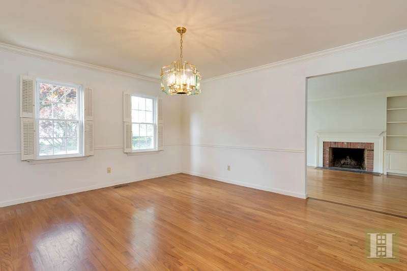 Additional photo for property listing at 143 EAST AVENUE  New Canaan, コネチカット,06840 アメリカ合衆国