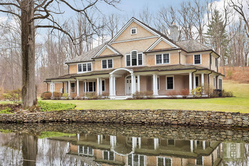 Casa Unifamiliar por un Venta en 22 DRIFTWAY LANE Darien, Connecticut,06820 Estados Unidos
