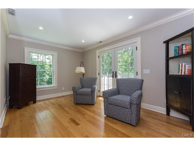 Additional photo for property listing at 1 SHADY ACRES ROAD  Darien, 코네티컷,06820 미국