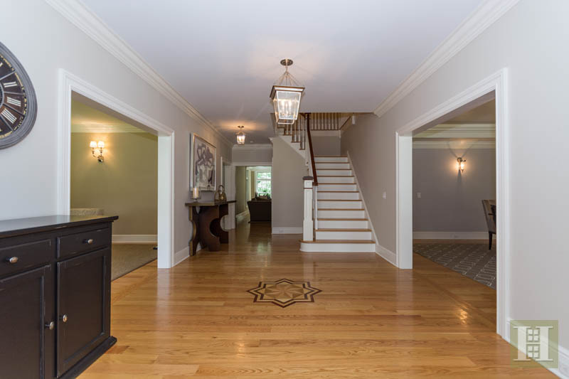 Additional photo for property listing at 1 SHADY ACRES ROAD  Darien, コネチカット,06820 アメリカ合衆国