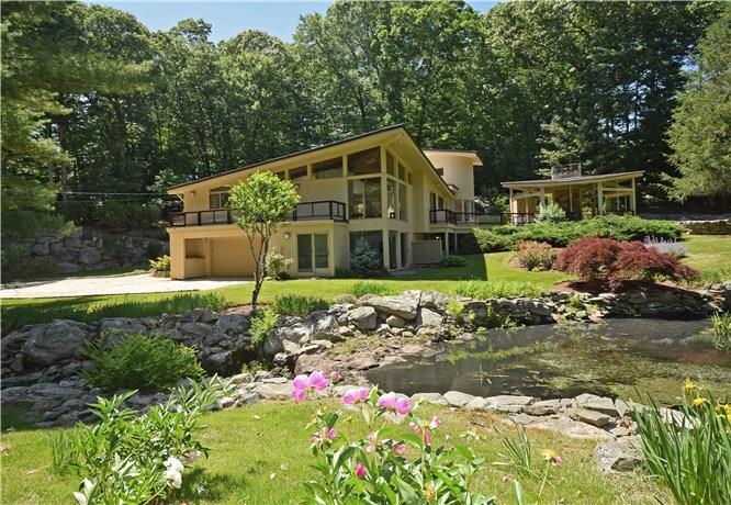 獨棟家庭住宅 為 出售 在 209 FROGTOWN ROAD New Canaan, 康涅狄格州,06840 美國