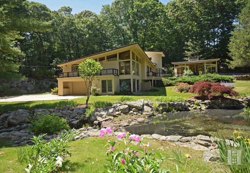 Casa Unifamiliar por un Venta en 209 FROGTOWN ROAD New Canaan, Connecticut,06840 Estados Unidos