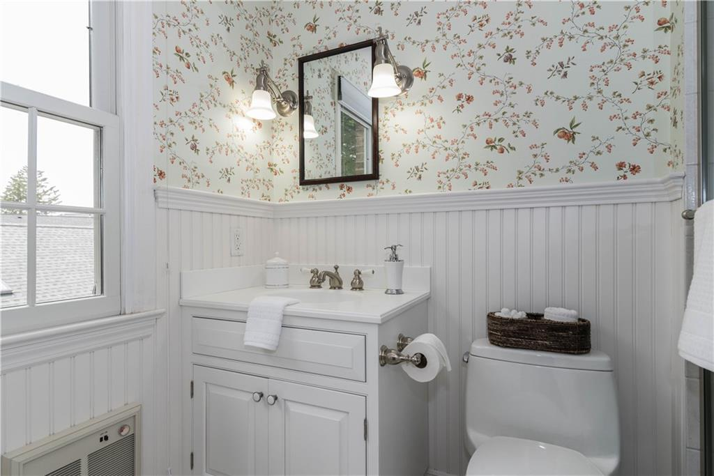 Additional photo for property listing at 205 MAIN STREET  New Canaan, Connecticut,06840 Vereinigte Staaten