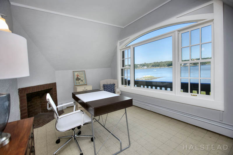 Additional photo for property listing at 42 CONTENTMENT ISLAND ROAD  Darien, Connecticut,06820 Verenigde Staten