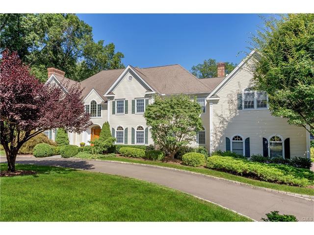 Casa Unifamiliar por un Venta en 18 PINE RIDGE ROAD Wilton, Connecticut,06897 Estados Unidos