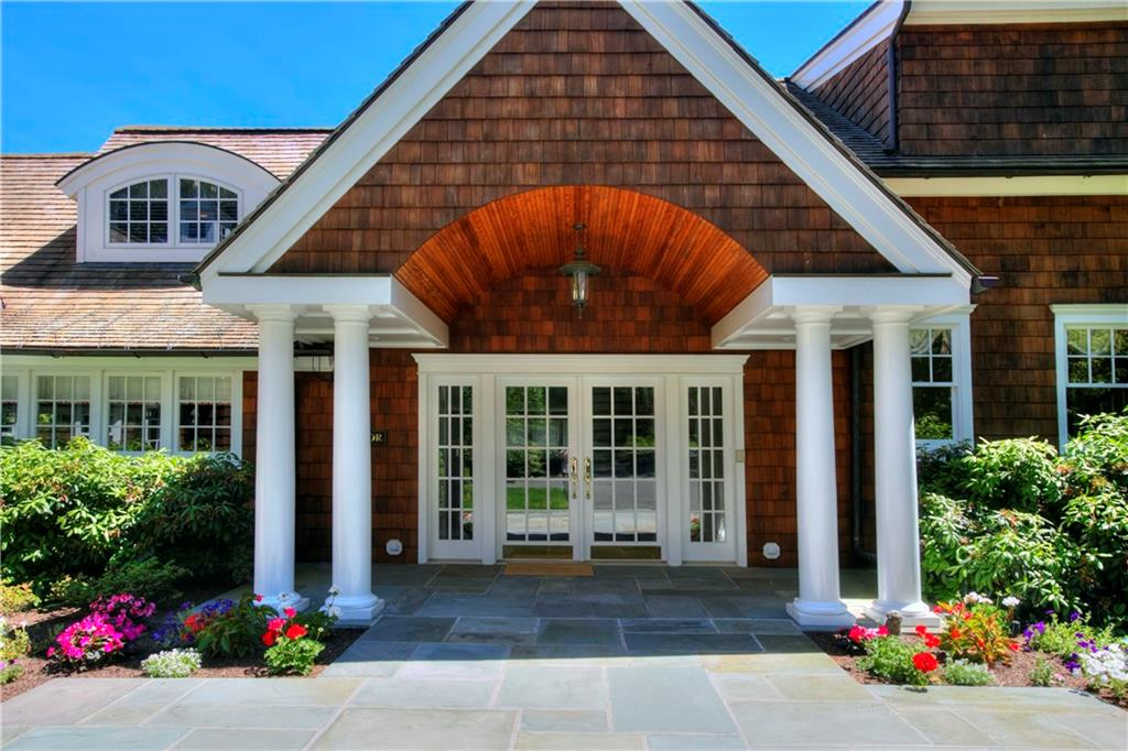 Additional photo for property listing at 783 VALLEY ROAD  New Canaan, Connecticut,06840 Estados Unidos