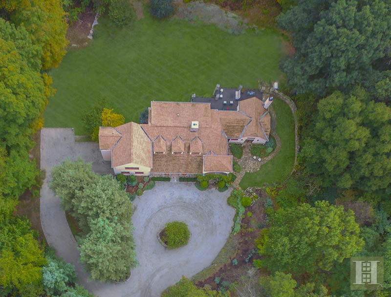 Additional photo for property listing at 60 INDIAN HILL ROAD  Wilton, Connecticut,06897 Estados Unidos