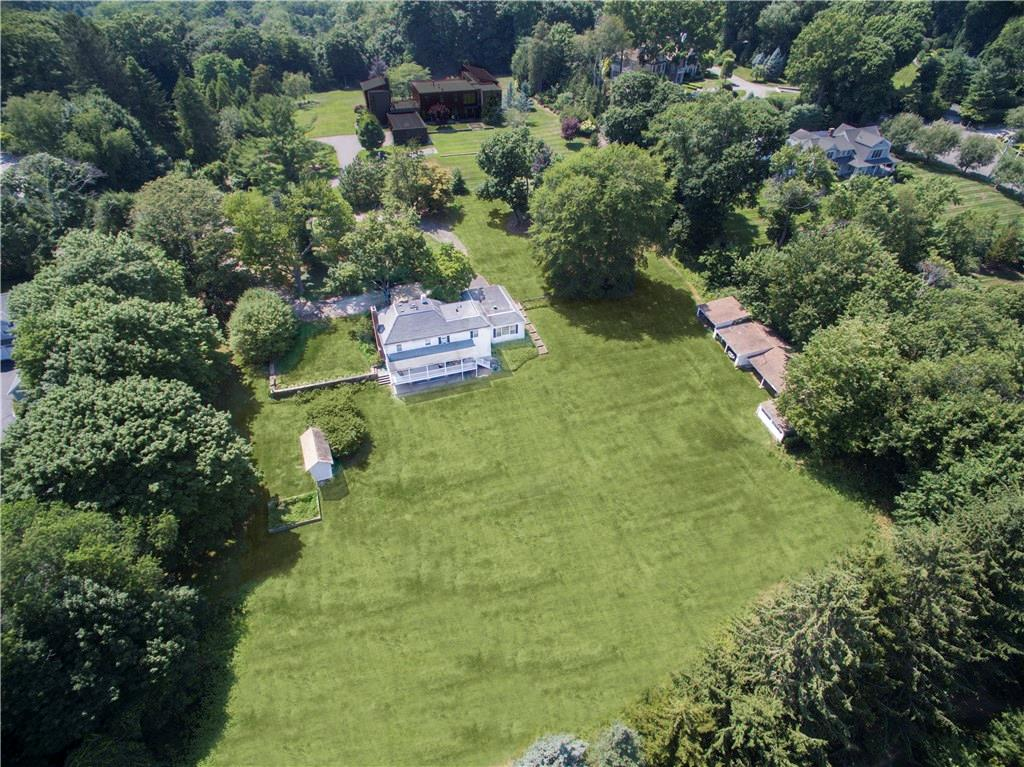 Additional photo for property listing at 63 SAINT NICHOLAS ROAD  Darien, Connecticut,06820 Estados Unidos