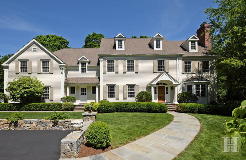 Maison unifamiliale pour l Vente à 879 VALLEY ROAD New Canaan, Connecticut,06840 États-Unis