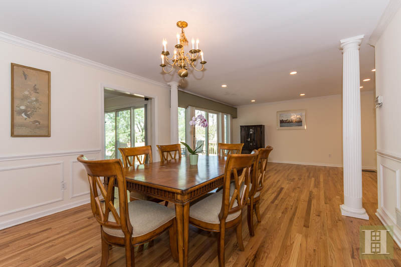 Additional photo for property listing at 84 CAMP AVENUE  Darien, Connecticut,06820 États-Unis