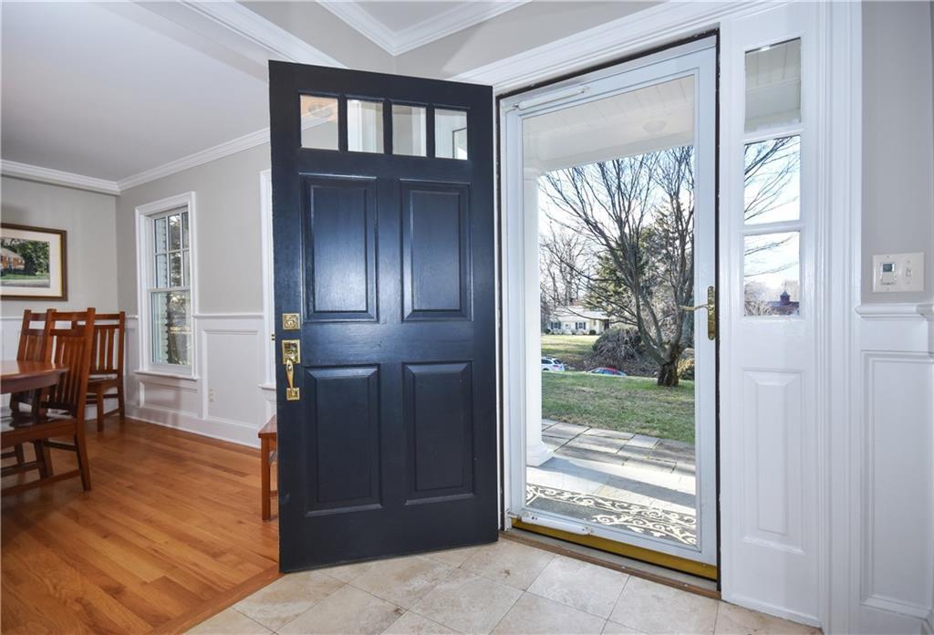 Additional photo for property listing at 10 BARRINGER ROAD  Darien, Κονεκτικατ,06820 Ηνωμενεσ Πολιτειεσ