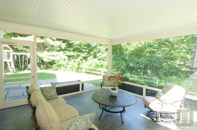 Additional photo for property listing at 108 TOBYS LANE  New Canaan, Connecticut,06840 Estados Unidos