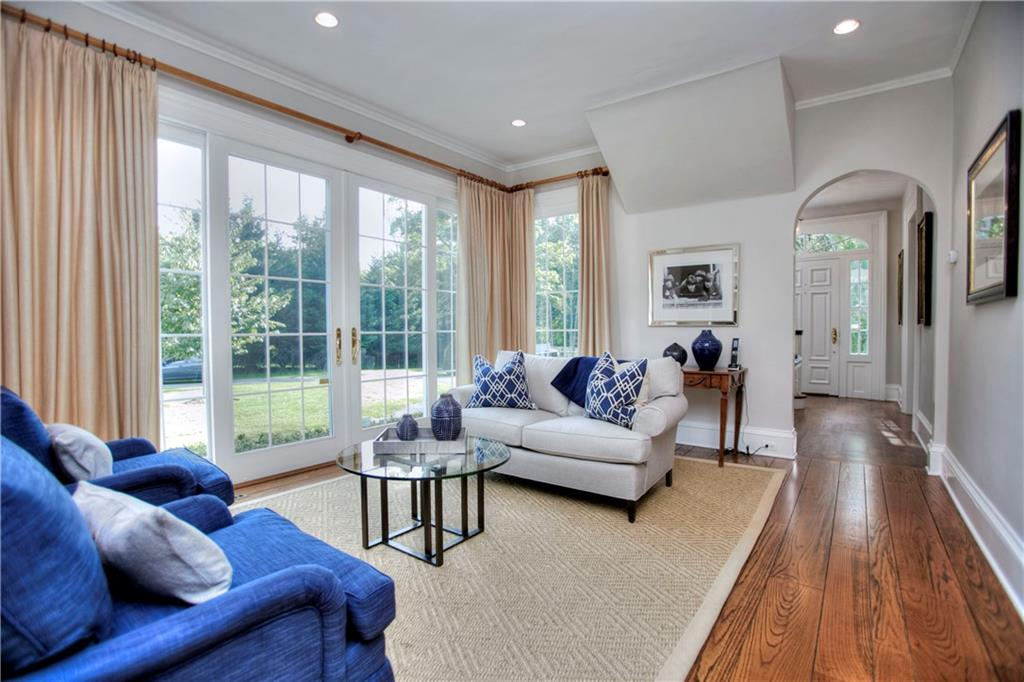 Additional photo for property listing at 174 MANSFIELD AVENUE  Darien, Connecticut,06820 Verenigde Staten