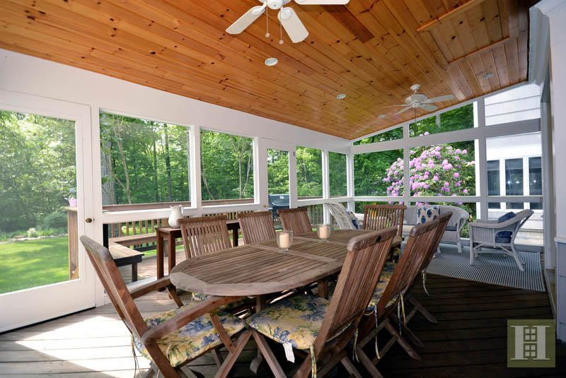 Additional photo for property listing at 45 SILVER RIDGE ROAD  New Canaan, コネチカット,06840 アメリカ合衆国