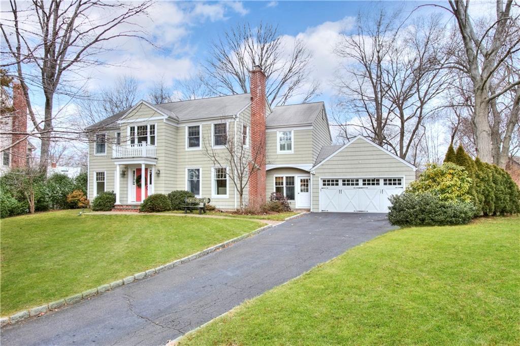 独户住宅 为 销售 在 9 PATRICIA LANE 达连湾, 康涅狄格州,06820 美国