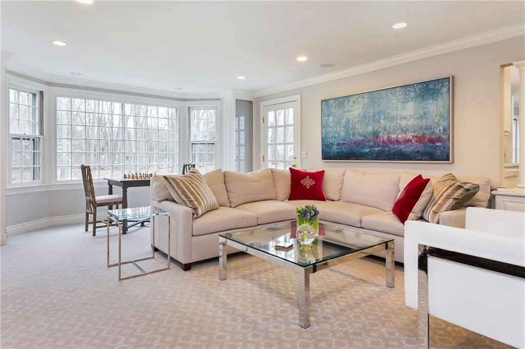Additional photo for property listing at 20 INDIAN SPRING TRAIL  Darien, Connecticut,06820 Estados Unidos
