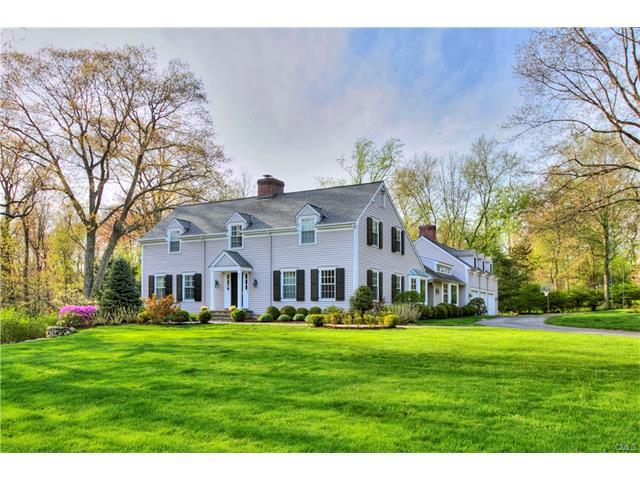 Casa para uma família para Venda às 452 HOYT FARM ROAD New Canaan, Connecticut,06840 Estados Unidos