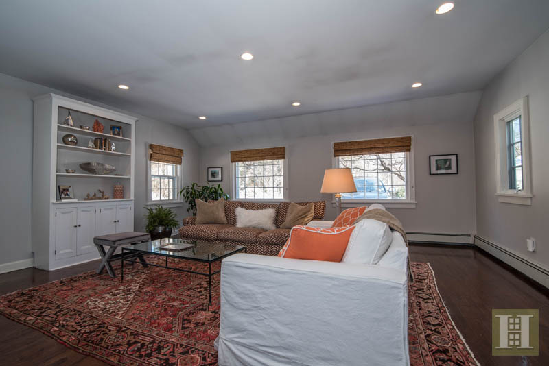 Additional photo for property listing at 9 MIDBROOK LANE  Darien, Connecticut,06820 Verenigde Staten