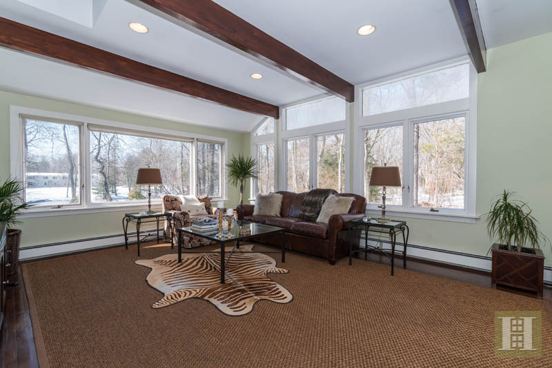 Additional photo for property listing at 9 MIDBROOK LANE  Darien, Коннектикут,06820 Соединенные Штаты