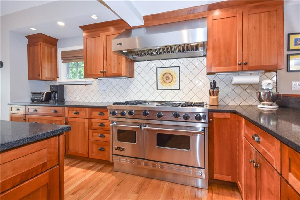 Additional photo for property listing at 174 OLD STAMFORD ROAD  New Canaan, Connecticut,06840 États-Unis