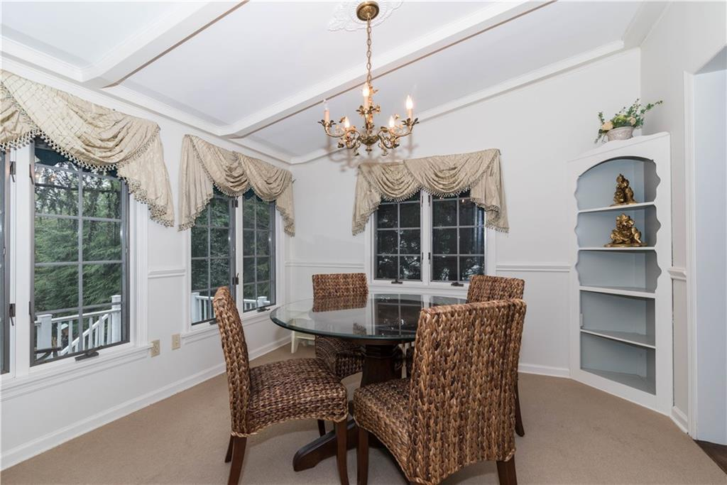 Additional photo for property listing at 20 DICKINSON ROAD  Darien, コネチカット,06820 アメリカ合衆国