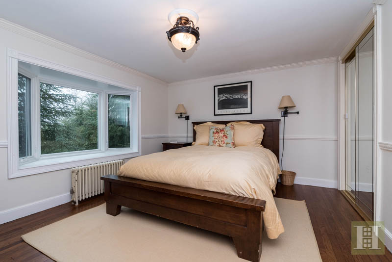 Additional photo for property listing at 20 DICKINSON ROAD  Darien, Connecticut,06820 États-Unis