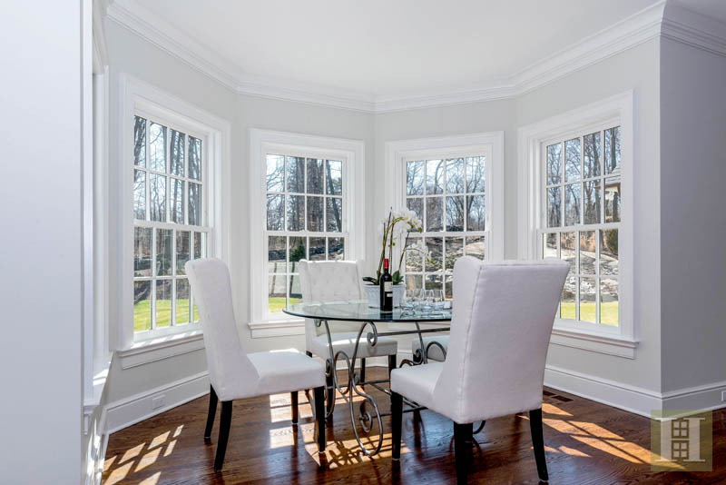 Additional photo for property listing at 674 CARTER STREET  New Canaan, Коннектикут,06840 Соединенные Штаты