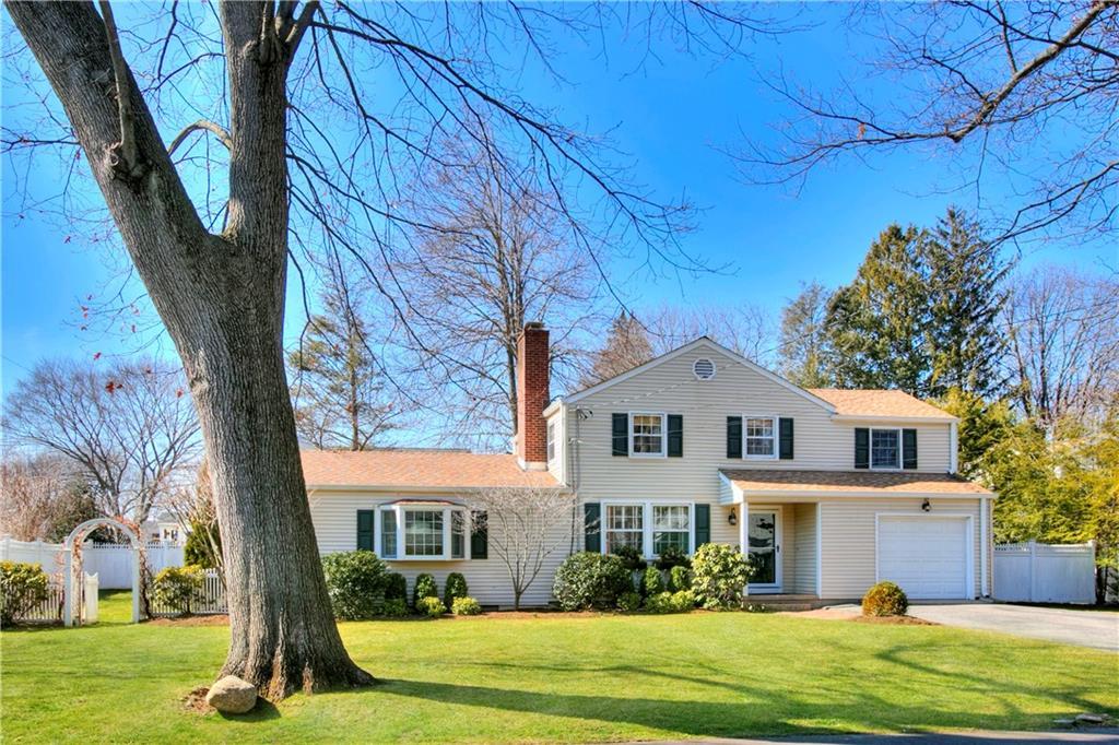 Maison unifamiliale pour l Vente à 12 MILES ROAD Darien, Connecticut,06820 États-Unis