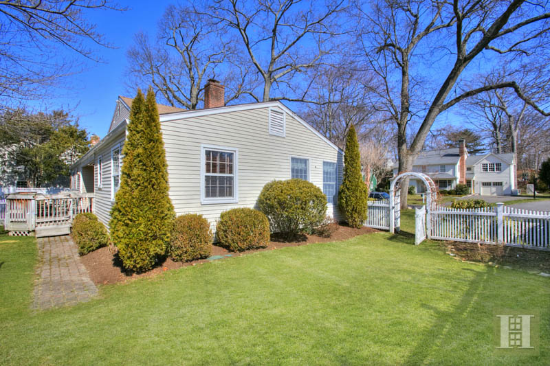 Additional photo for property listing at 12 MILES ROAD  Darien, Connecticut,06820 Estados Unidos