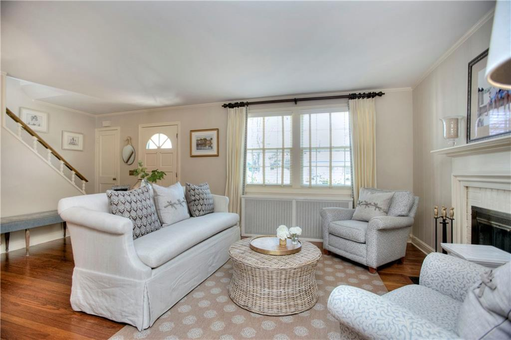 Additional photo for property listing at 12 MILES ROAD  Darien, Connecticut,06820 États-Unis