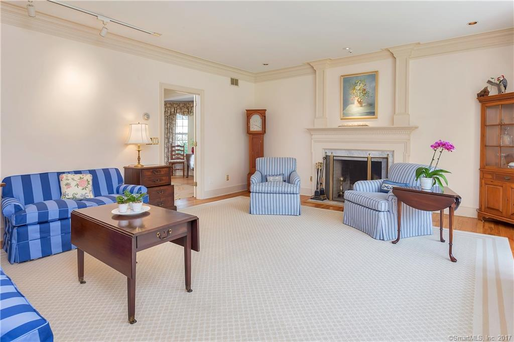 Additional photo for property listing at 9 COLONY ROAD  Darien, Connecticut,06820 Estados Unidos