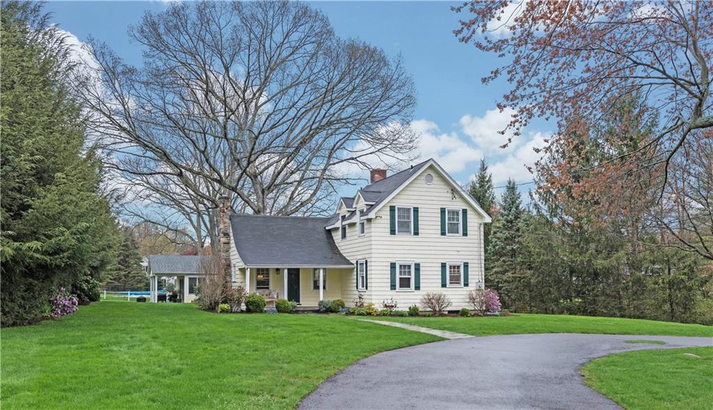 Maison unifamiliale pour l Vente à 327 JELLIFF MILL ROAD New Canaan, Connecticut,06840 États-Unis