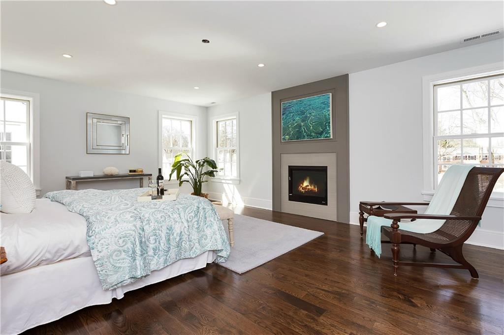 Additional photo for property listing at 167 SUMMER STREET  New Canaan, コネチカット,06840 アメリカ合衆国