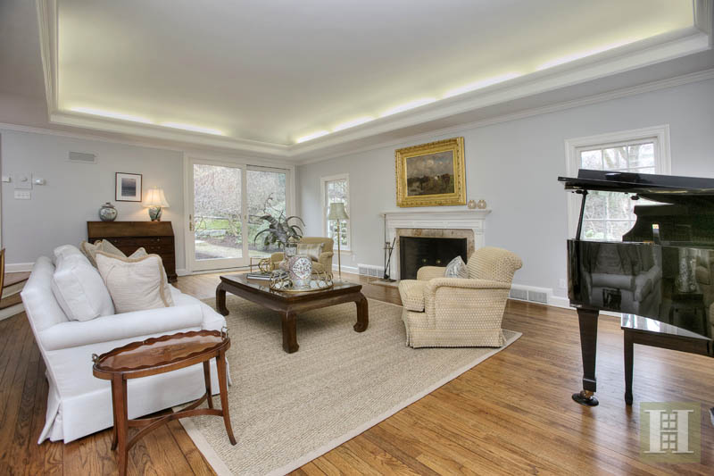 Additional photo for property listing at 14 CIRCLE ROAD  Darien, 코네티컷,06820 미국