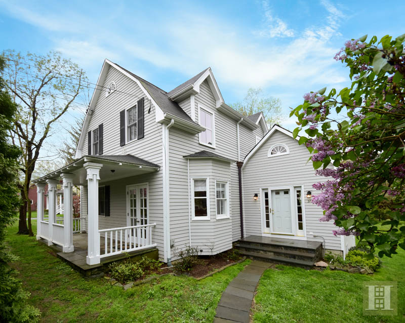 Additional photo for property listing at 37 GREENWOOD AVENUE  Darien, Connecticut,06820 États-Unis