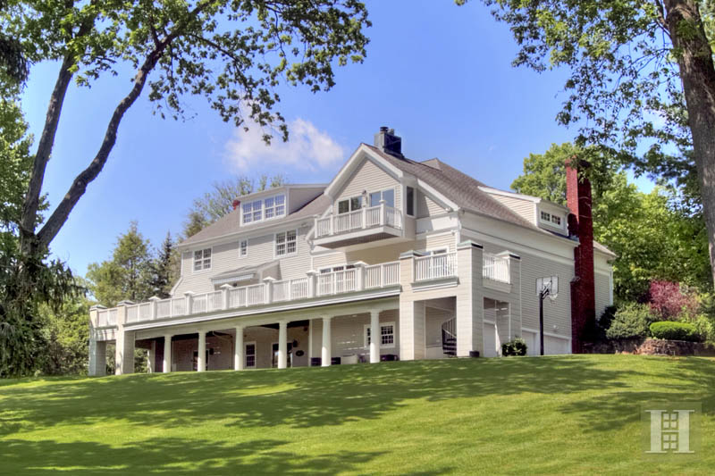 Casa para uma família para Venda às 366 MANSFIELD AVENUE Darien, Connecticut,06820 Estados Unidos